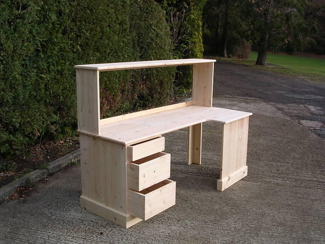 Corner Desk with File Rack