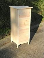 4 Drawer Shaker style Jumper chest